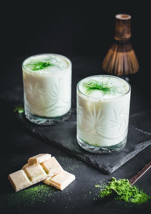 M matcha jeges fehércsokis matcha latte