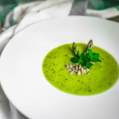 matcha teás dinnyés zöld gazpacho